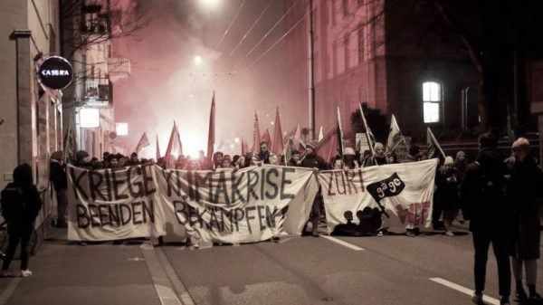 Neoliberalismo restaurado o neofascismo híbrido