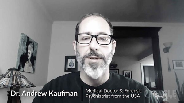 Vídeo: Cerca de 100 mil médicos y profesionales sanitarios se unen contra las vacunas Covid-19