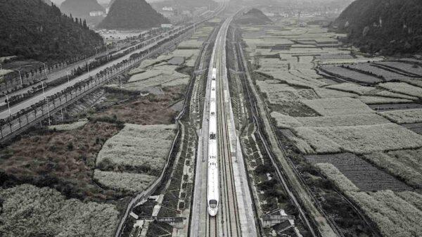 La alternativa al Canal de Suez y el pacto China-Irán para interconectar Eurasia con la red ferroviaria de la Franja y la Ruta